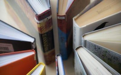 Lytt   Prat : Høytlesningsgruppe på biblioteket